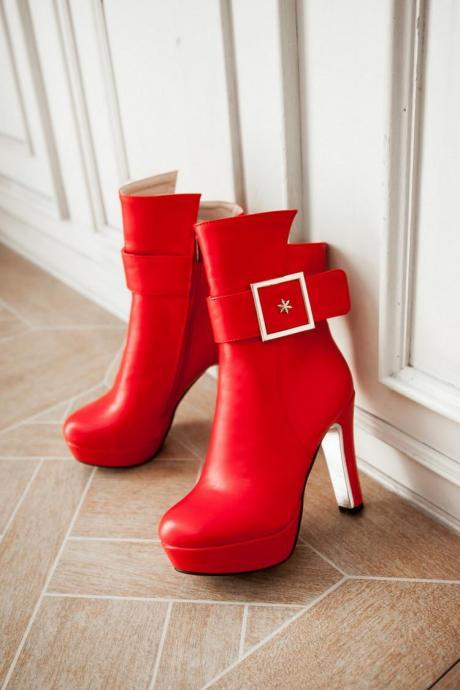 Women's Thick High Heel Ankle Boots Adorned with Large Square Buckle