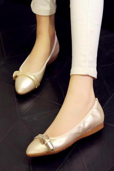 Women Metal Decoration Solid Pointy Toe Ballerina